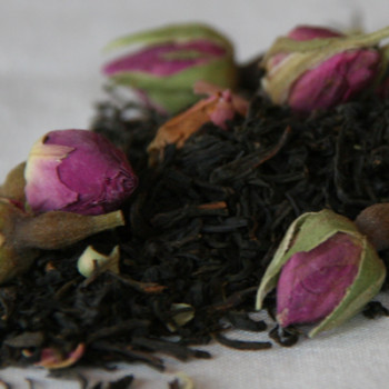 Black Keemun and Rosebuds Tea