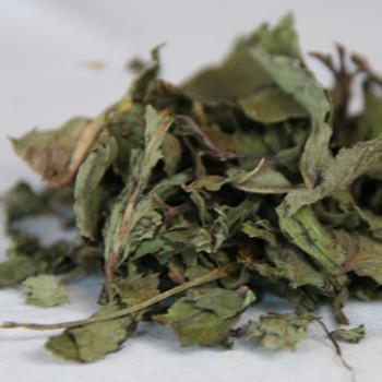 Whole peppermint leaf tea